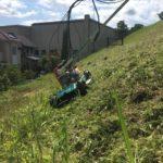 津市にてスパイダーモアでの傾斜地草刈りしてきました