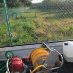 津市にて年間管理先太陽光発電所除草剤散布(初回散布)
