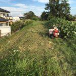 四日市市で傾斜地の草刈り 傾斜地草刈りの料金相場とは 三重県鈴鹿市の草刈り業者 草刈り本舗桐生